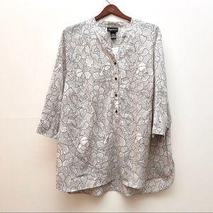 Maggie Barnes black & white blouse 1x